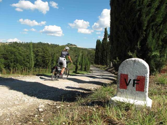 Slow Travel Fest a Monteriggioni - Via Francigena