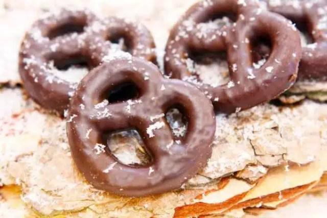 pretzel-al-cioccolato-838
