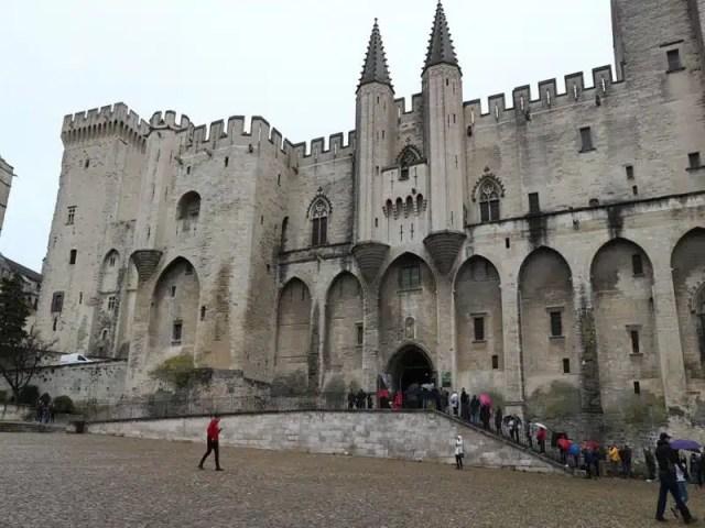 Palazzo dei Papi - Avignone, Francia - Dove mangiare