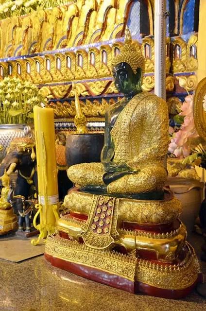 Vat Ong Teu Mahawihan - Laos - Buddha di Smeraldo