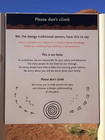 Cartello avviso arrampicata uluru