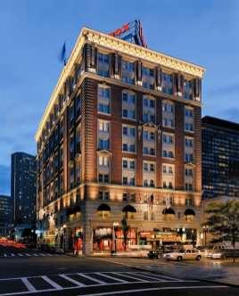 La facciata del mitico Lenox Hotel
