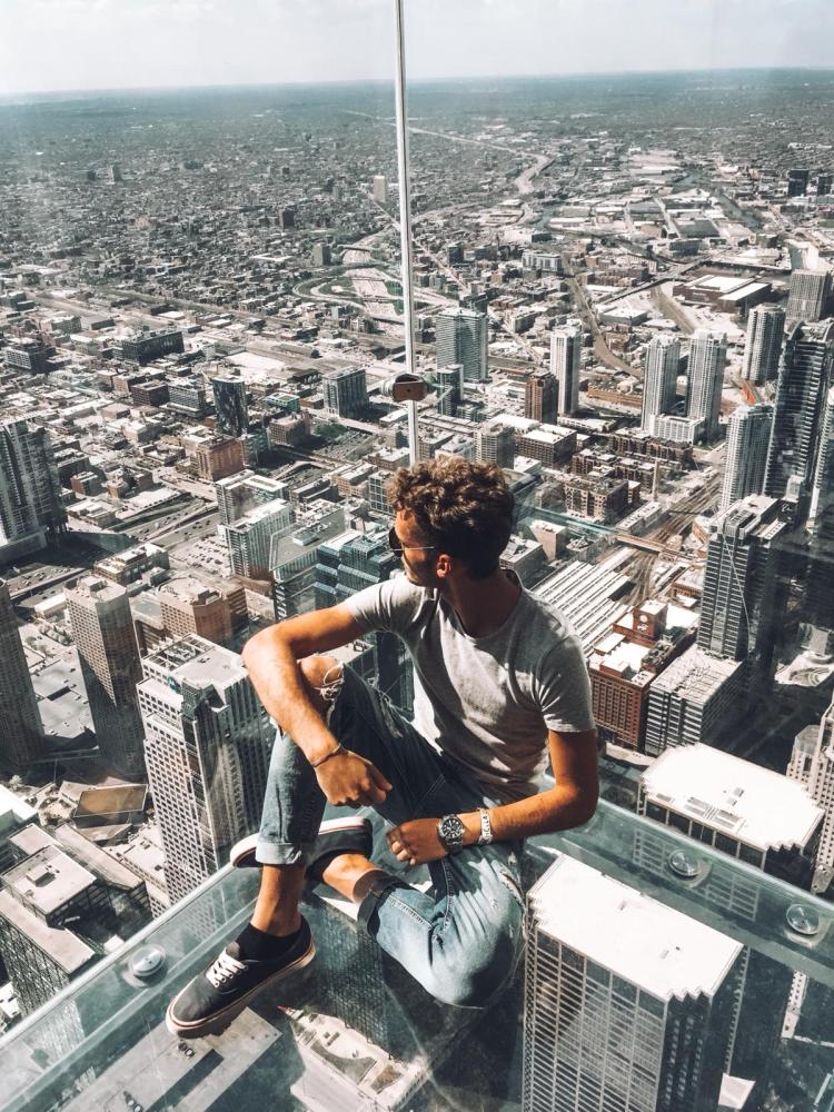 willis tower-sospeso-sullo-skydeck