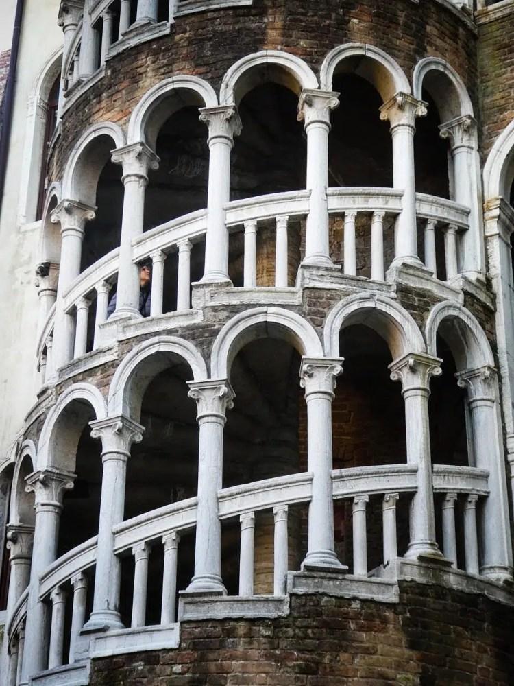 cosa vedere a Venezia in un giorno-scala-contarini