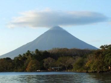 Isla Omepete - Omepete Volcano (4)