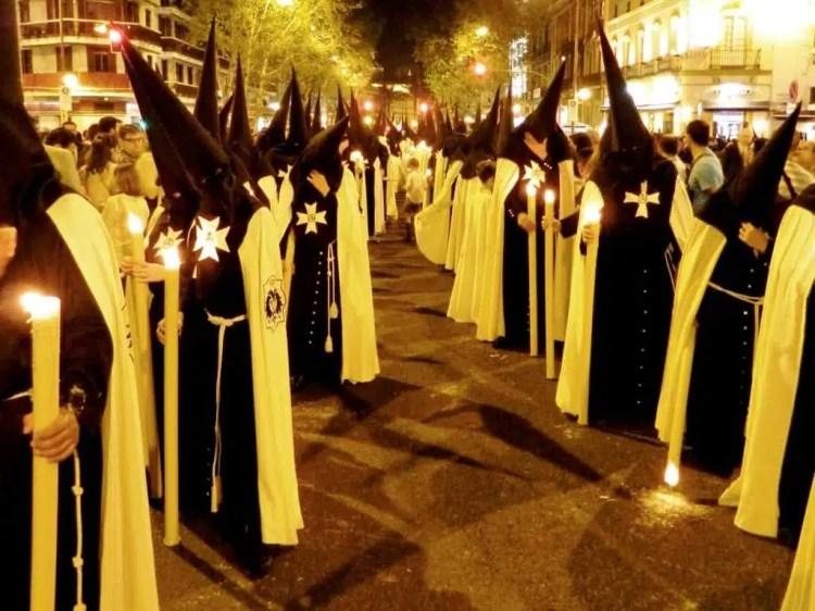 La Semana Santa di Siviglia