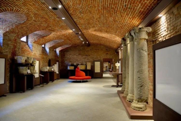 Cripta di Sant'Anastasio e il Museo Lapidario