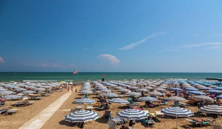 Lignano pineta la spiaggia