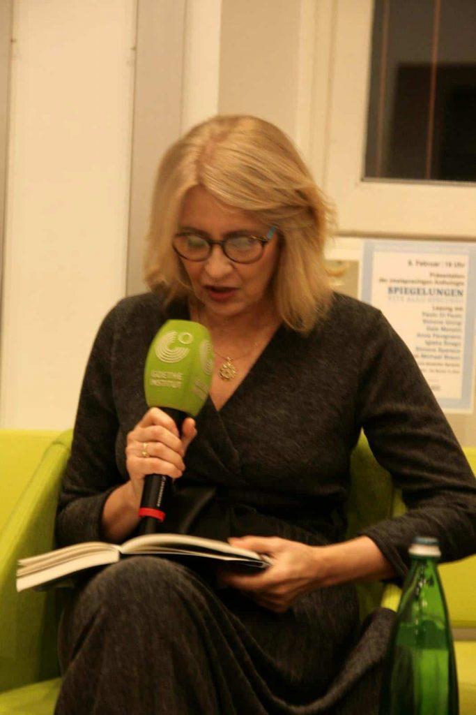 Anna Pavignano liest