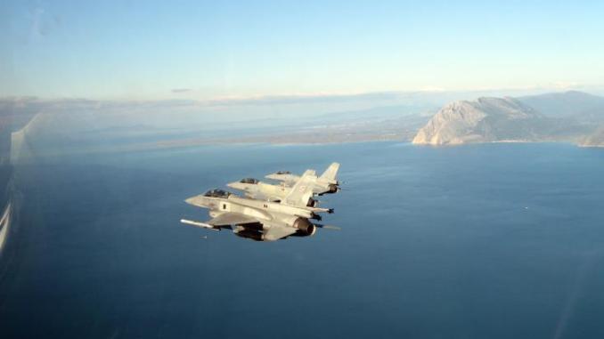 Αμερικανικά βομβαρδιστικά πέταξαν πάνω από Νότια Κορέα σε μια...