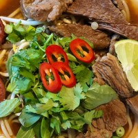 Bun bo Hue, pittige Vietnamese rundvleessoep