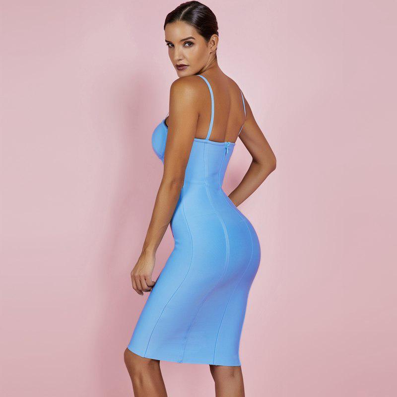 Modelbild Kleid blau Seitenansicht