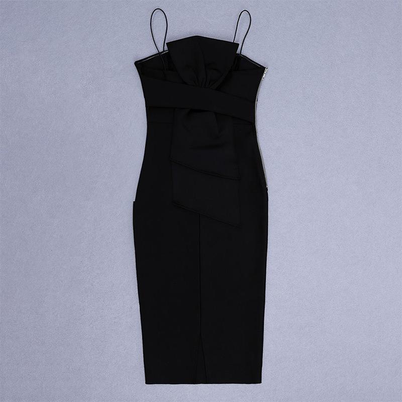 Produktfoto Kleines schwarzes Kleid liegend