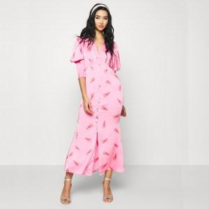 Produktbild Model trägt Maxi Kleid hummer