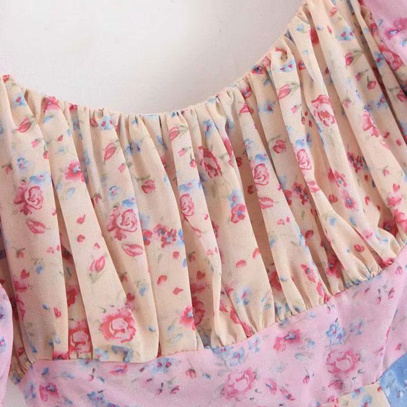 Detailaufnahme Dekolltée Kleid im Boho-Style