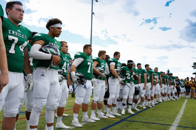 Coach DeWall's Endicott Gulls enter this weekend's clash with WNE riding a three-game winning streak. (PHOTO CREDIT: Kiana DelViscovo)