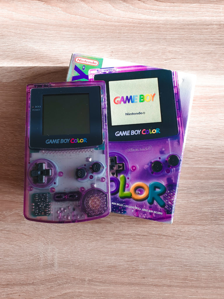 GameBoy Violette Transparente