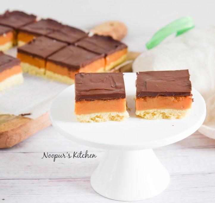 caramel squares 3.jpg