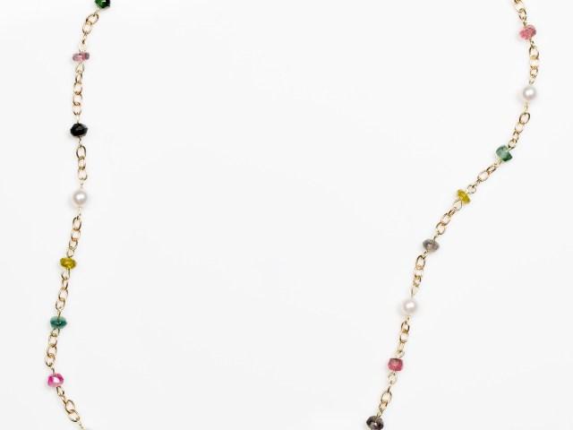 Geelgouden collier met gekleurde edelstenen en pareltjes