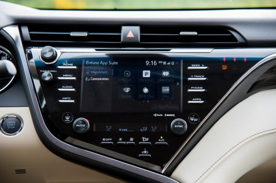 2018 Toyota Camry technology
