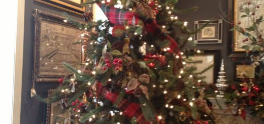 Christmas Decoration Ideas Awesome Christmas Tree Idea Tartan Plaid Ribbon is My Absolute