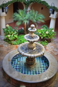 Guest room courtyards with fountains