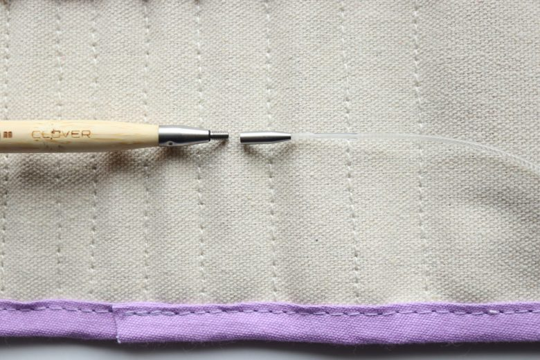 Read a review of the popular Interchangeable Tunisian Crochet Hook Takumi Combo Set by Clover. A must-have high-quality bamboo Tunisian crochet hook set!