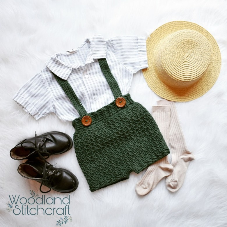 Crochet baby clothes and so much more. Come and meet the designer Bonnie of Woodland Stitchcraft and check out all of her crochet patterns for babies!