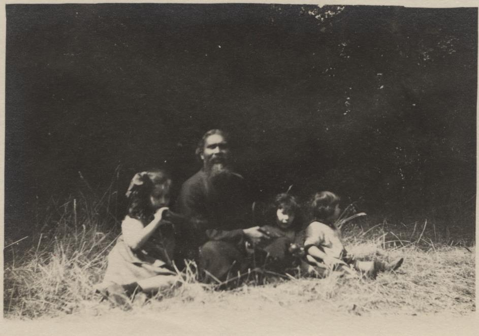 August 1921, Wissous, France