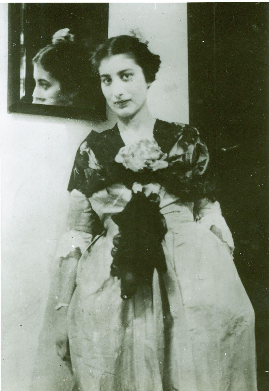 Noor Inayat Khan, 1943, London, UK.
