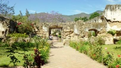 San Jeronimo ruins - Antigua