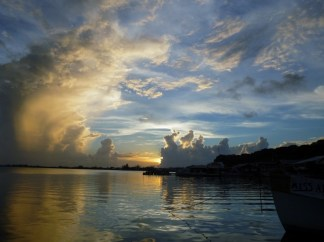 Sunset view from Tranquila - Utila