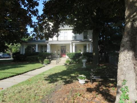 The Magnolia House Inn