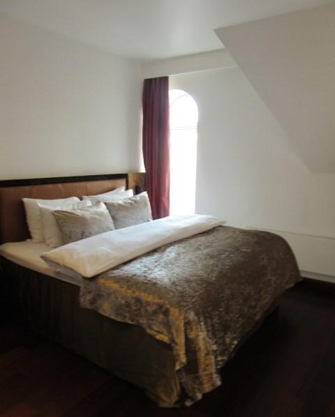 620 bedroom