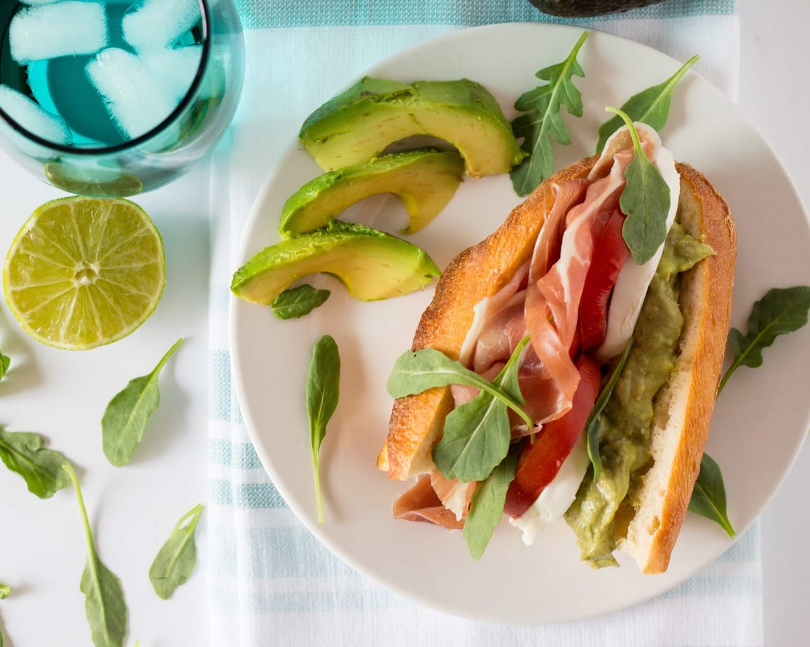 Prosciutto, Tomato, Cheese and Arugula with Avocado Sauce