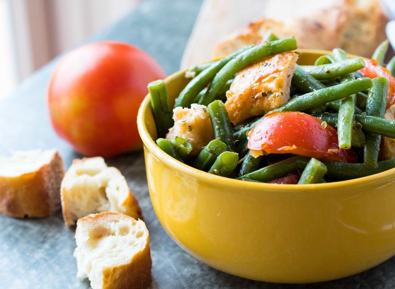 Tuscan Green Bean Panzanella Salad