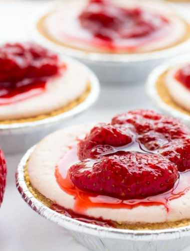 Best Mini Strawberry Cheesecakes with Fresh Strawberry Sauce