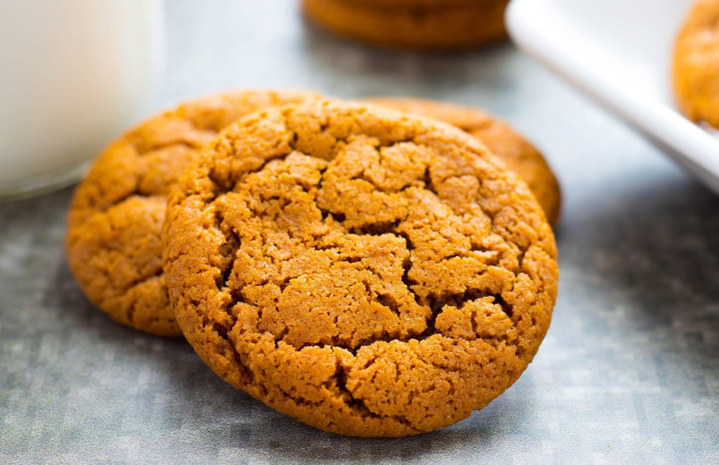Old Fashioned Chewy Molasses Cookies