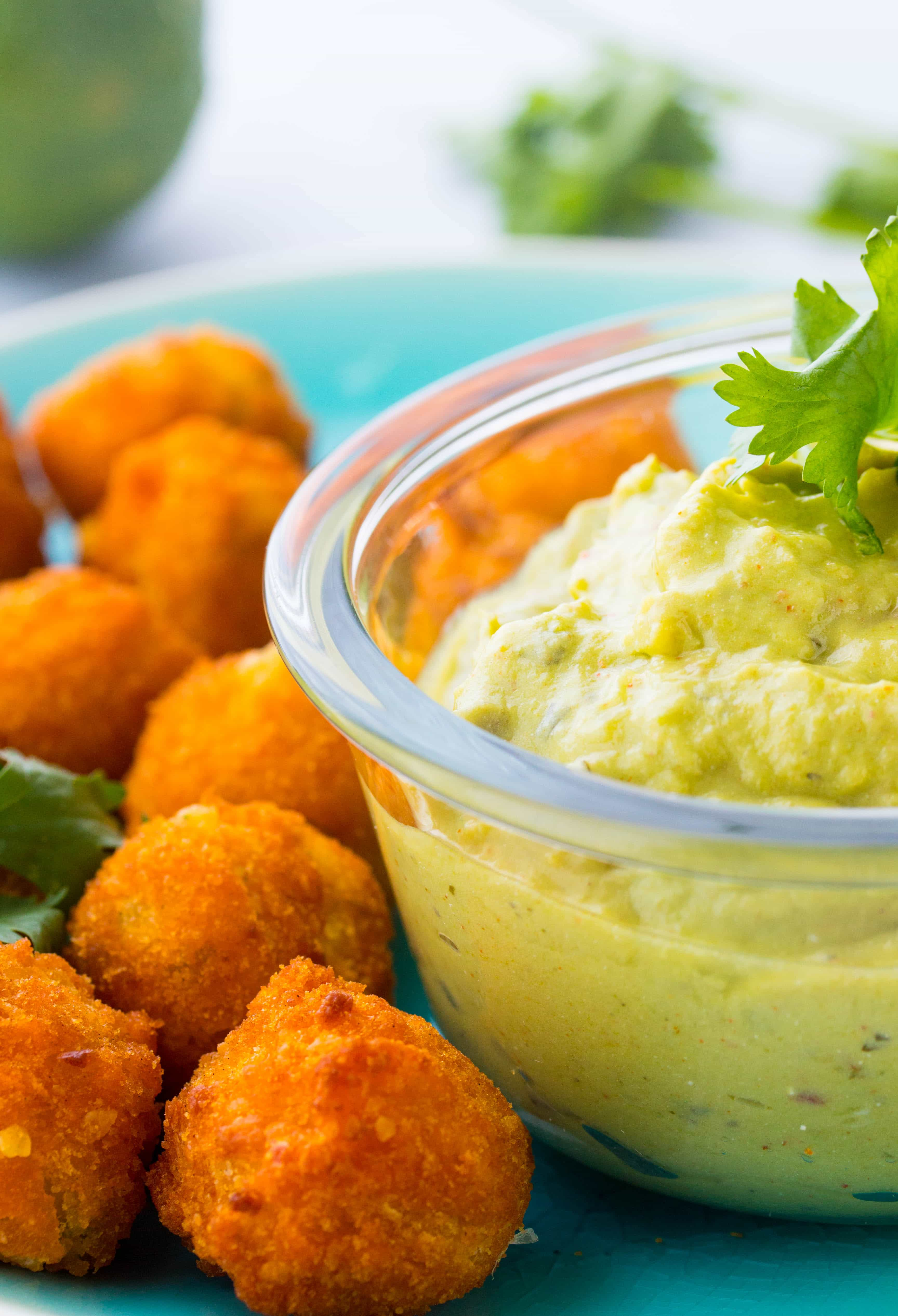 Recipe for Guacamole Dip with Sour Cream