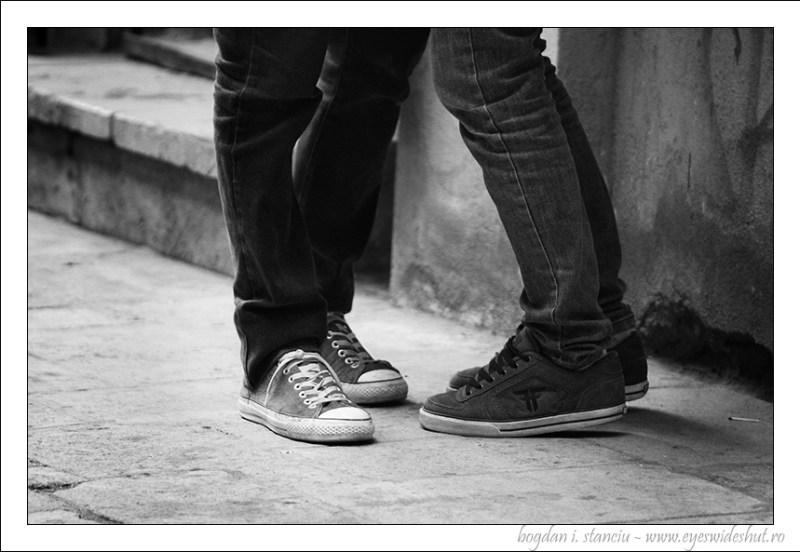 street-kiss2