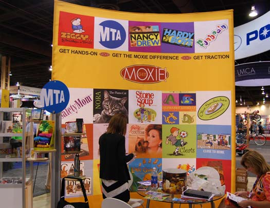 Moxie & Company Booth in Las Vegas