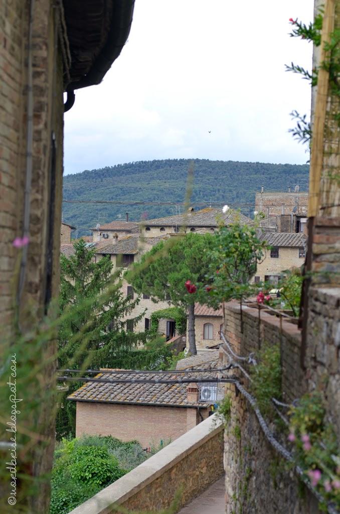 002_italy_impressions_sangimignano