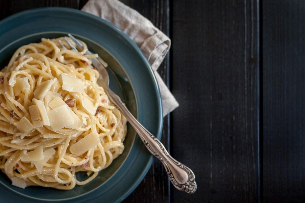 Spaghetti Carbonara with Smokey Bacon and Spicy Parmesan by Eve   nordbrise.net (Spaghetti Carbonara mit rauchigem Speck und würzigem Parmesan)