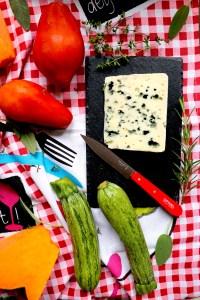 ricetta-bruschette-pomodoro-roquefort-e-verdure