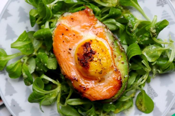 ricetta-avocado-con-salmone-e-uova