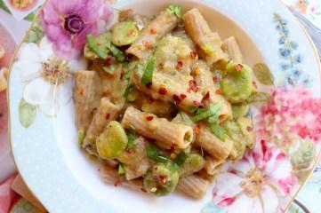 ricetta-pasta-integrale-fave-e-acciughe