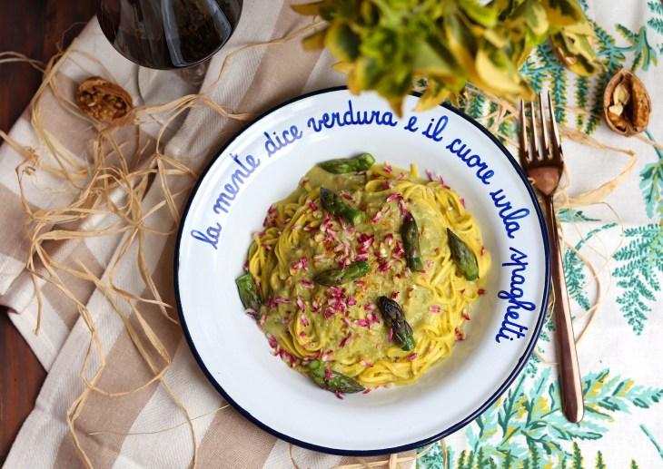 ricetta-tajarin-con-asparagi-e-robiola