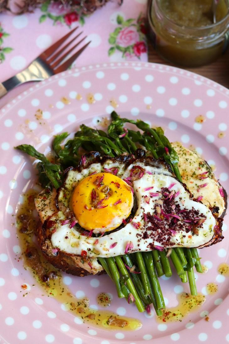 asparago-toast-semetella