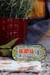 comur anchovas