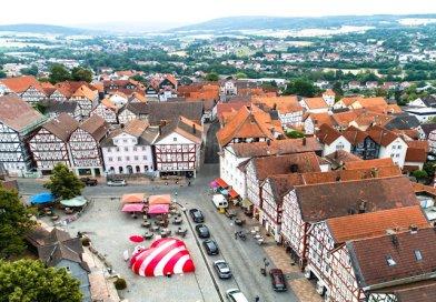 Homberger Ostermarkt mit Kunsthandwerk und Musik